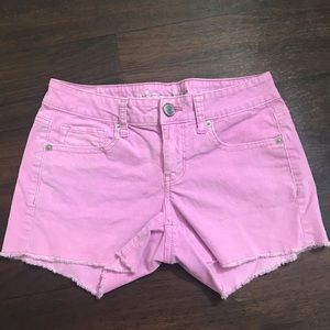 Sz 4 Pink shorts American Eagle Outfitters stretch